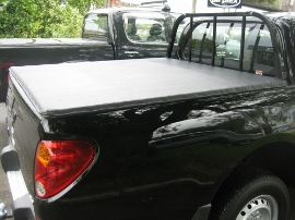 ute cover with bar