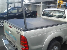 tonneau with over rail liner