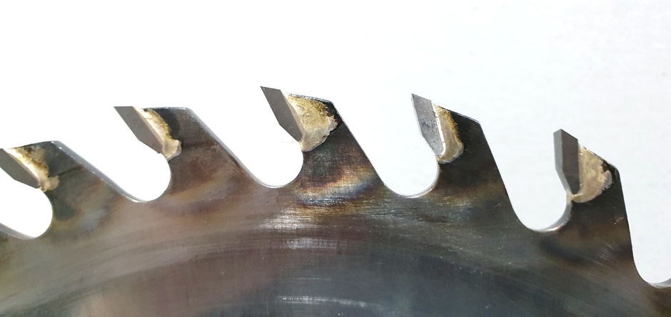 Re-Tipped Sawblade with new TCT Teeth
