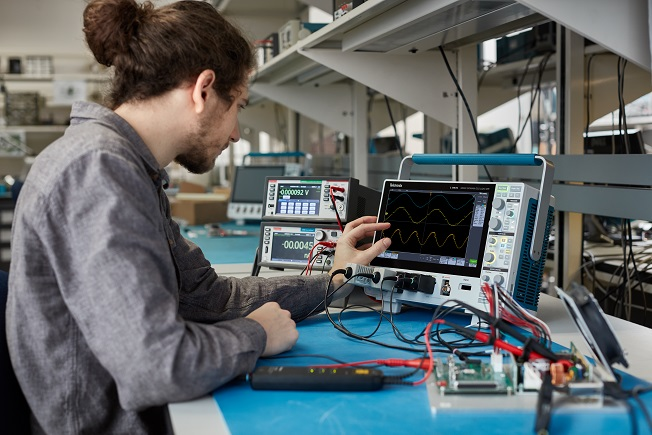 Tektronix 3 Series MDO power measurements and analysis